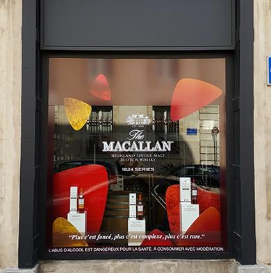 Sticker vitrine Création et installation